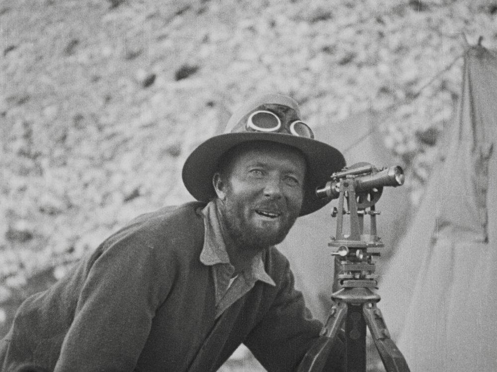 John de Vars Hazard in The Epic of Everest (1924)