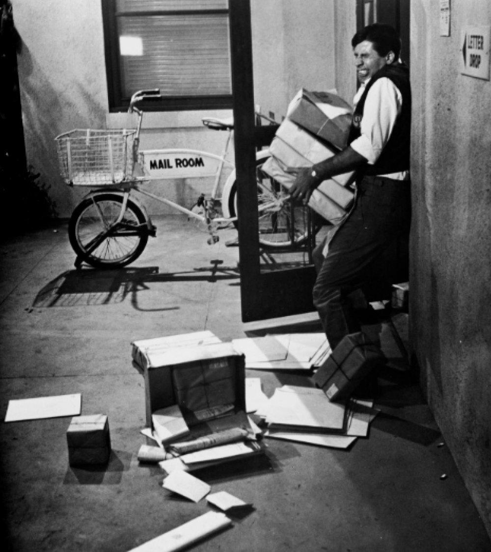 Lewis in The Errand Boy (1963)