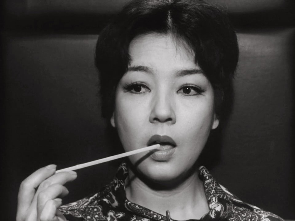 Kyo as Mrs Okuyama in The Face of Another (Tanin no kao, 1966)