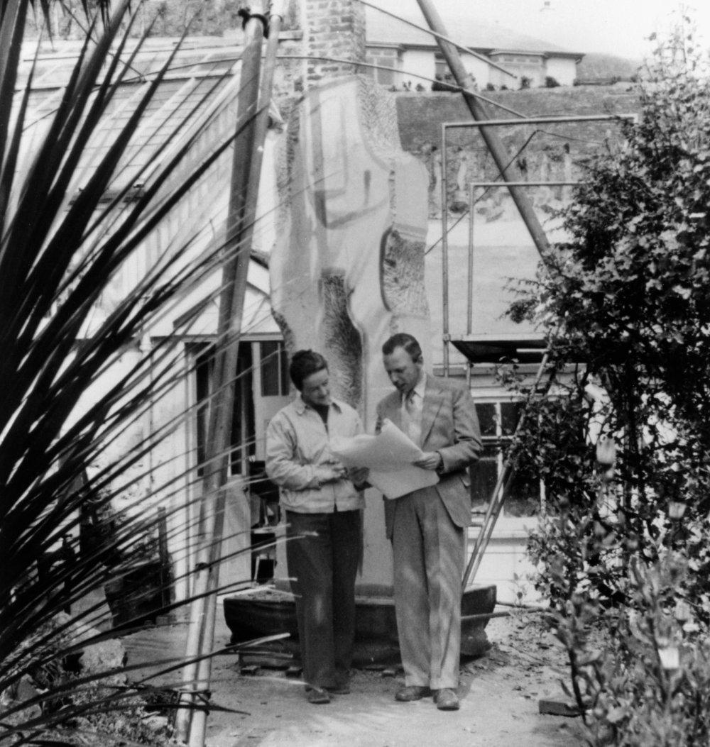 Barbara Hepworth and Dudley Shaw Ashton during production of Figures in a Landscape (1953)