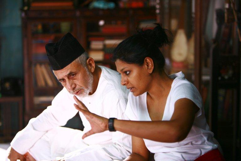 On the set of Firaaq (2008) with director Nandita Das