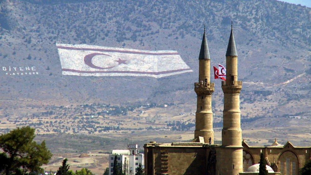 Flag Mountain (2010)