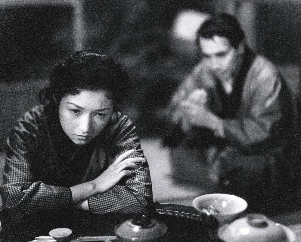 Takamine Jideko in Naruse Mikio's Floating Clouds (Ukigumo, 1955)