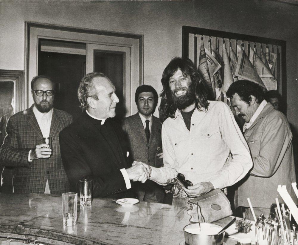 The late Peter Fonda (right) with Michel Piccoli