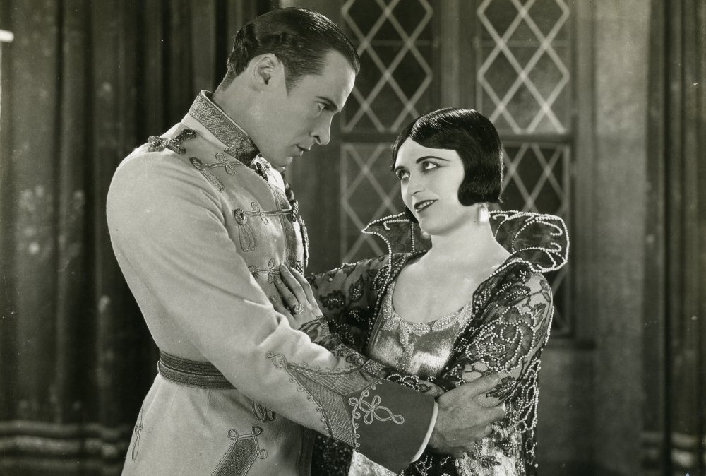 Rod la Rocque as Captain Alexei Czerny and Pola Negri as Tsarina Catherine in Forbidden Paradise (1924)