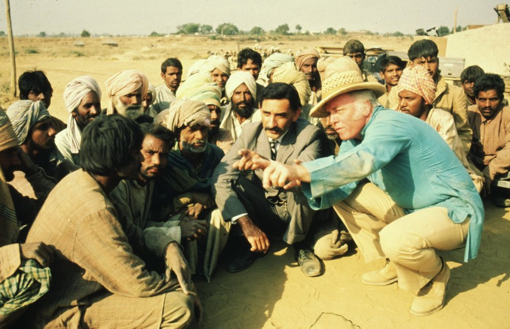 Richard Attenborough and cast on location for Gandhi (1982)
