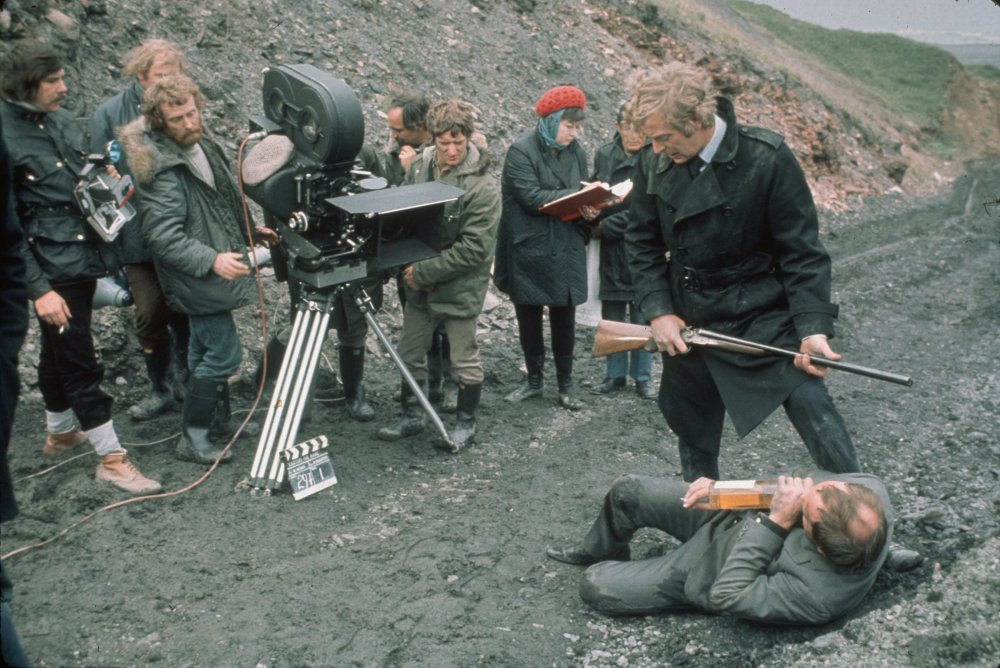 A shot of the Get Carter crew, using more advanced equipment, but with Suschitzky's usual attention to veracity and landscape