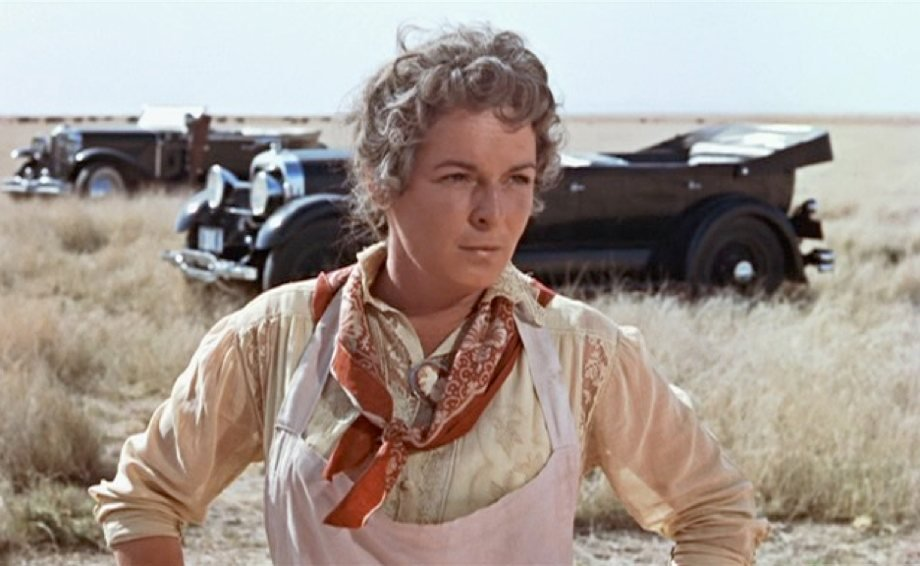 Mercedes McCambridge in Giant