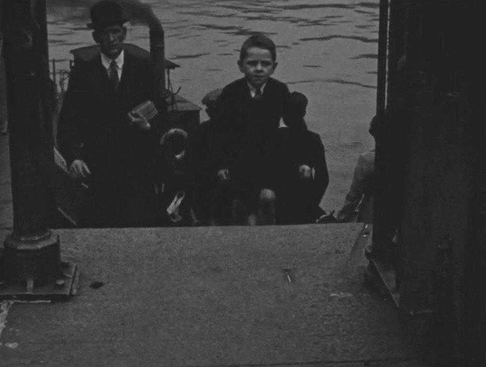 Glasgow Gets to Work (1935)