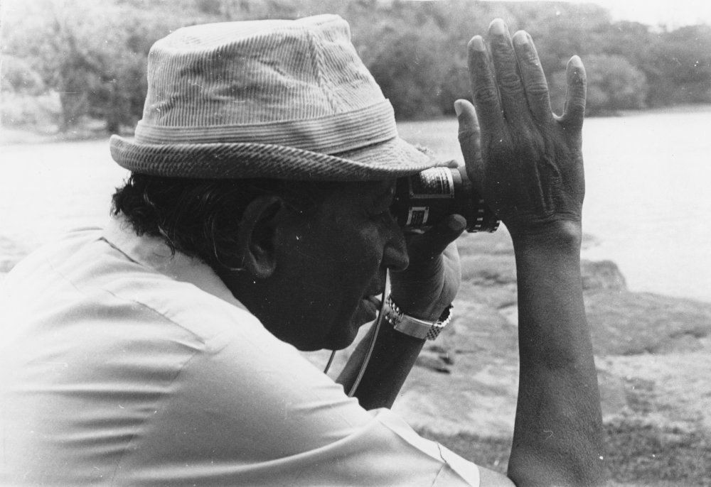 Lester James Peries filming The God King (1974)