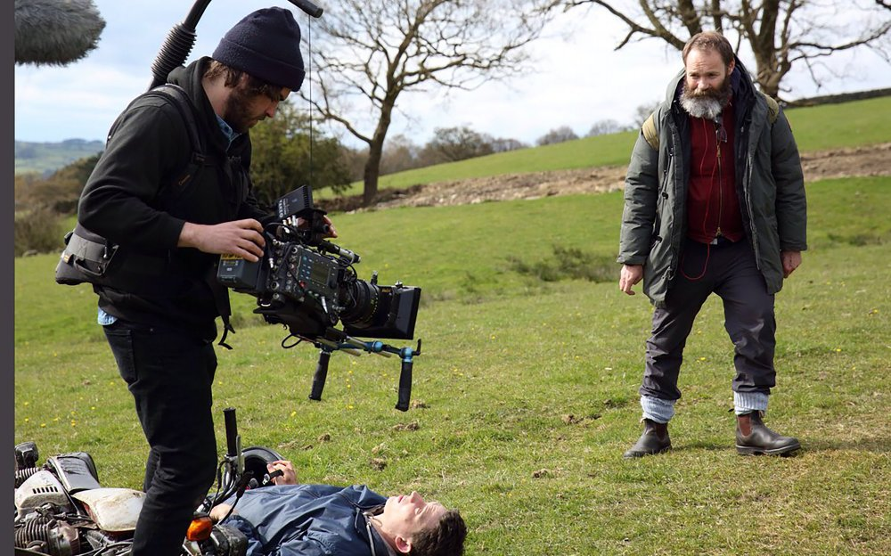 Cinematographer Joshua James Richards and director Francis Lee filming God's Own Country (2017)