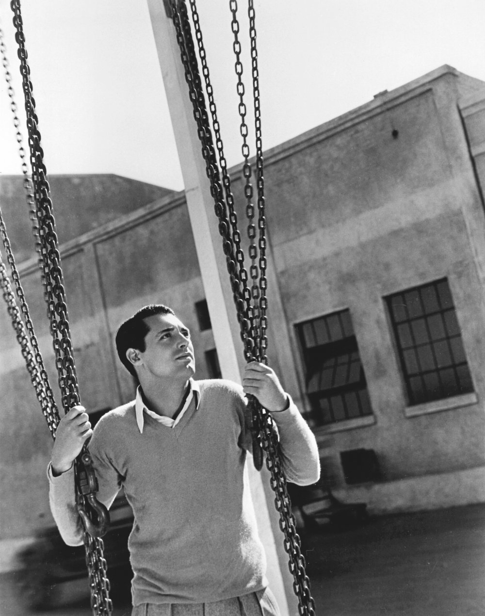 Bringing up Cary… Cary Grant in 1932
