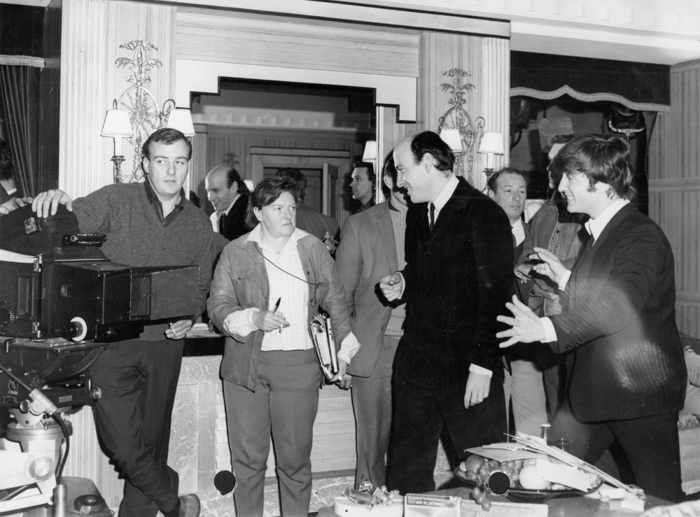 Richard Lester and John Lennon on set