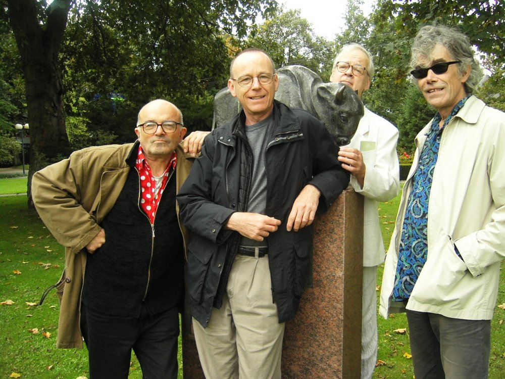 For an artist with such a distinguished career in music and film, this photograph exemplifies Tony's charming modesty. He is the figure behind the statue in a Dortmund Park (2004). Left to right: Willhelm Hein, Anthony McCall, Tony Conrad and William Raban.
