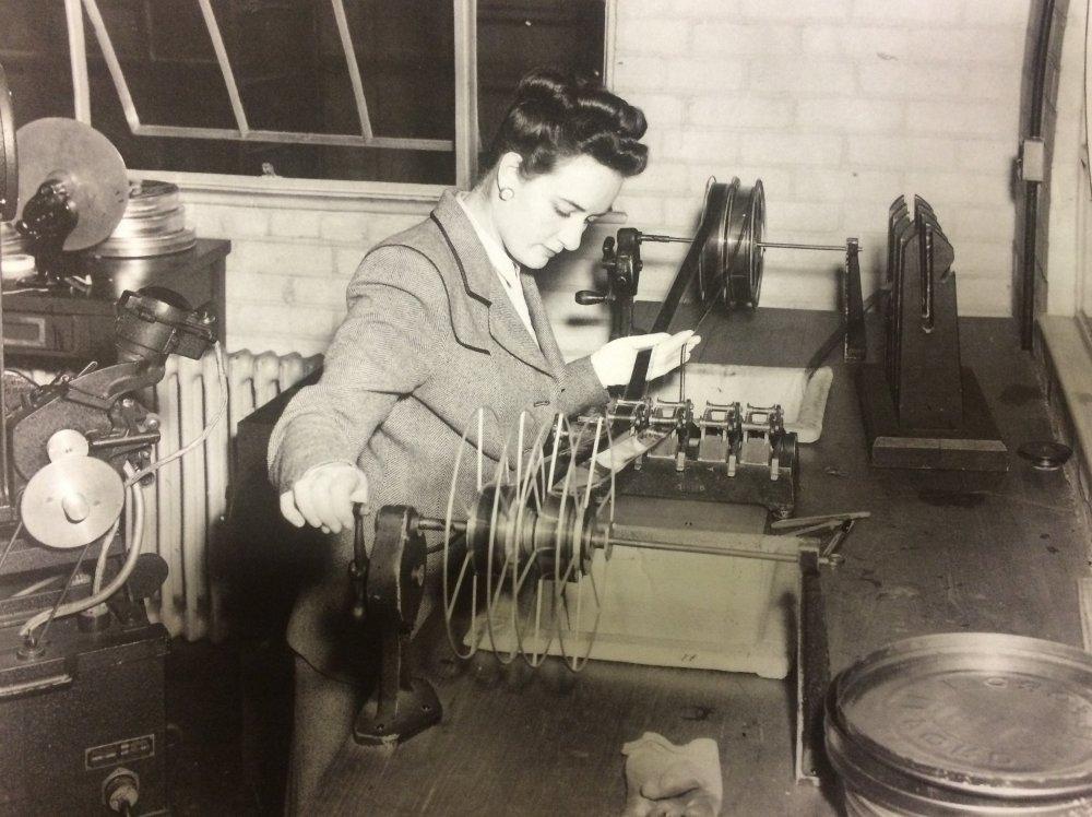Helga Cranston editing Hamlet (1948)