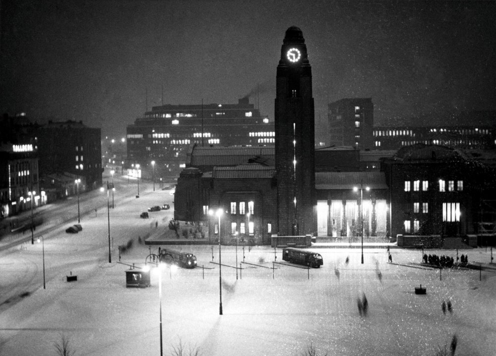 Peter von Bagh's Helsinki Forever (Helsinki, ikuisesti, 2008)
