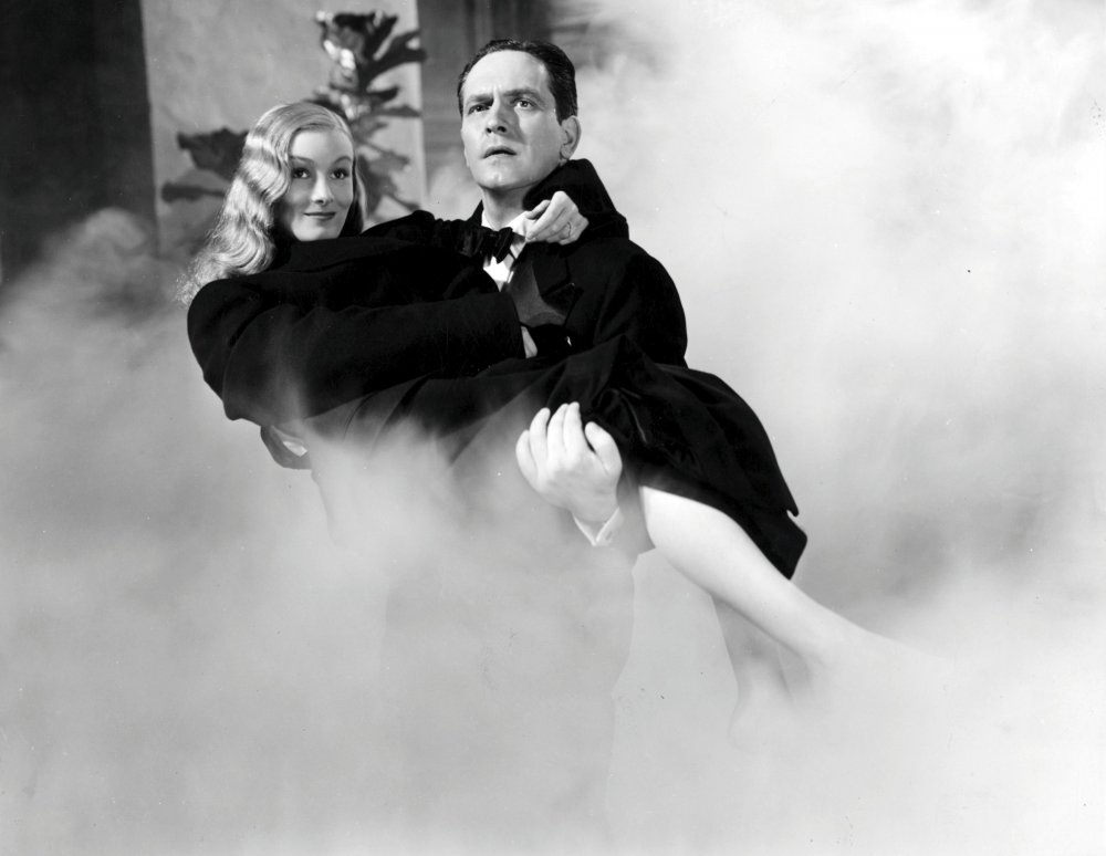 Veronica Lake and Fredric March in I Married a Witch (1942)