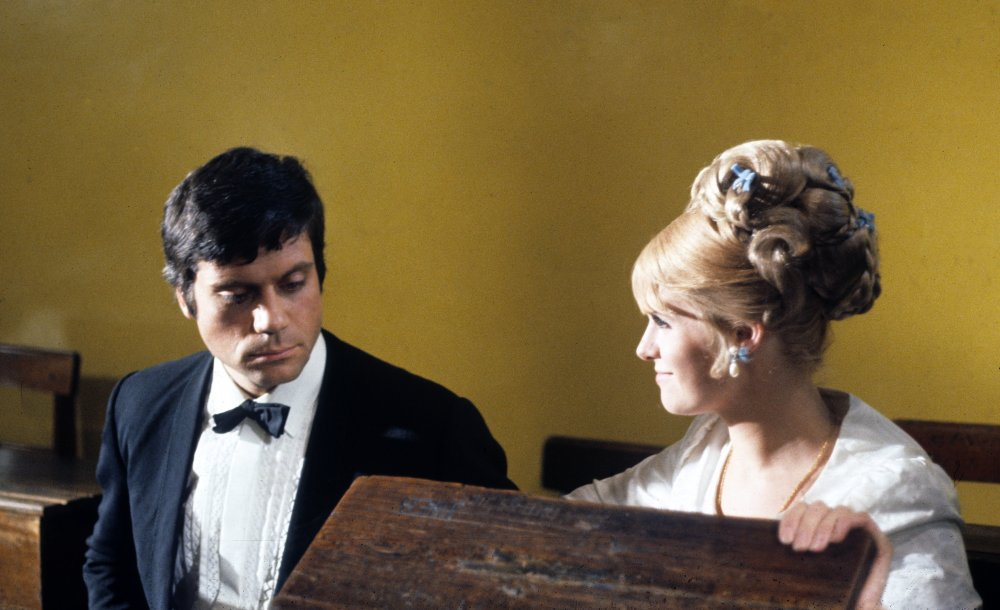 Oliver Reed and Carol White in I'll Never Forget What's 'is Name (1967)