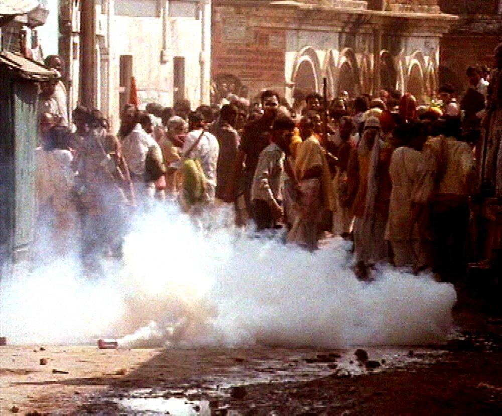In the Name of God (Raam Ke Naam, 1992)