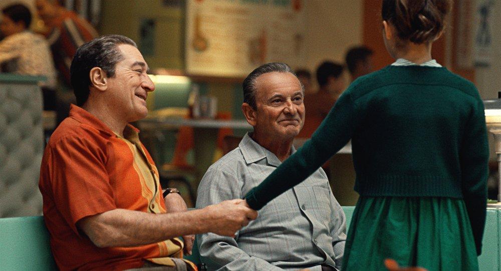 Robert De Niro as Frank Sheeran and Joe Pesci as Russell Bufalino in The Irishman