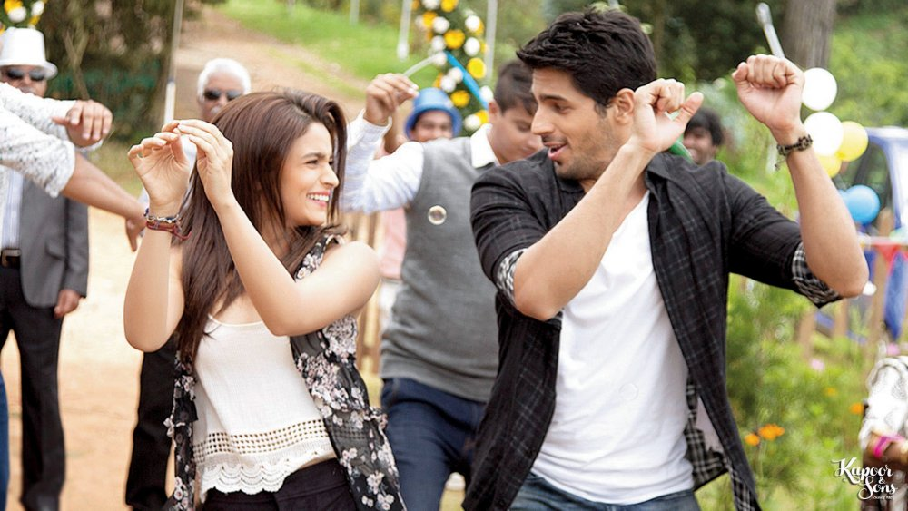 """Alia Bhatt and Sidharth Malhotra in Shakun Batra's Kapoor <span class=""""amp"""">&</span> Sons (2016), an emblematic portrait of a modern dysfunctional Indian family"""