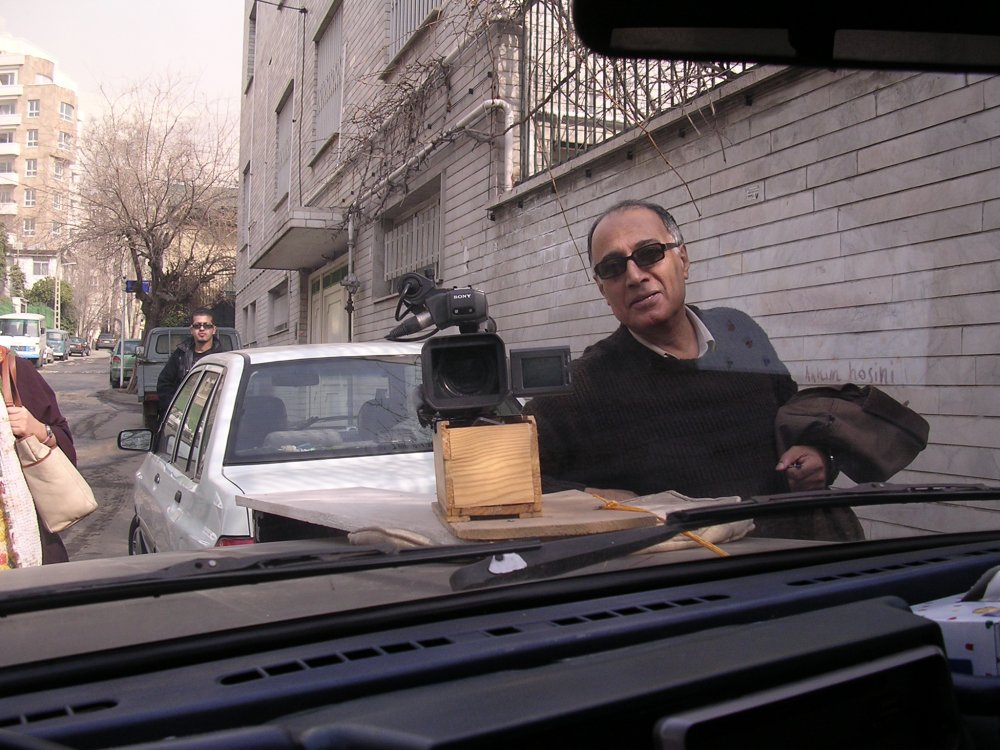 Abbas Kiarostami showing his camera bonnet mount - a wine box - for Mark Cousins' The Story of Film: An Odyssey (2011)