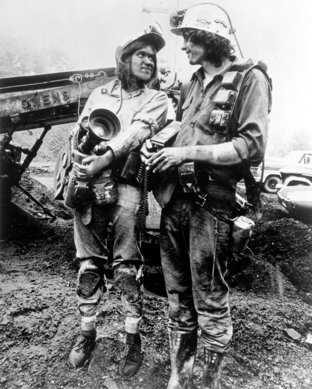 Barbara Kopple and cinematographer Hart Perry shooting Harlan County U.S.A. (1976)