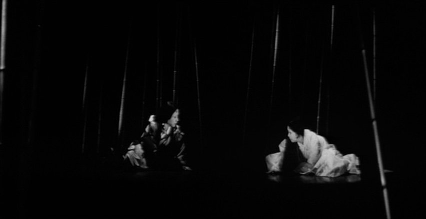 Shindo makes extensive use of spotlighting effects to isolate the figures within the gloom