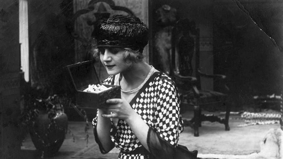 La Cigarette (1919)