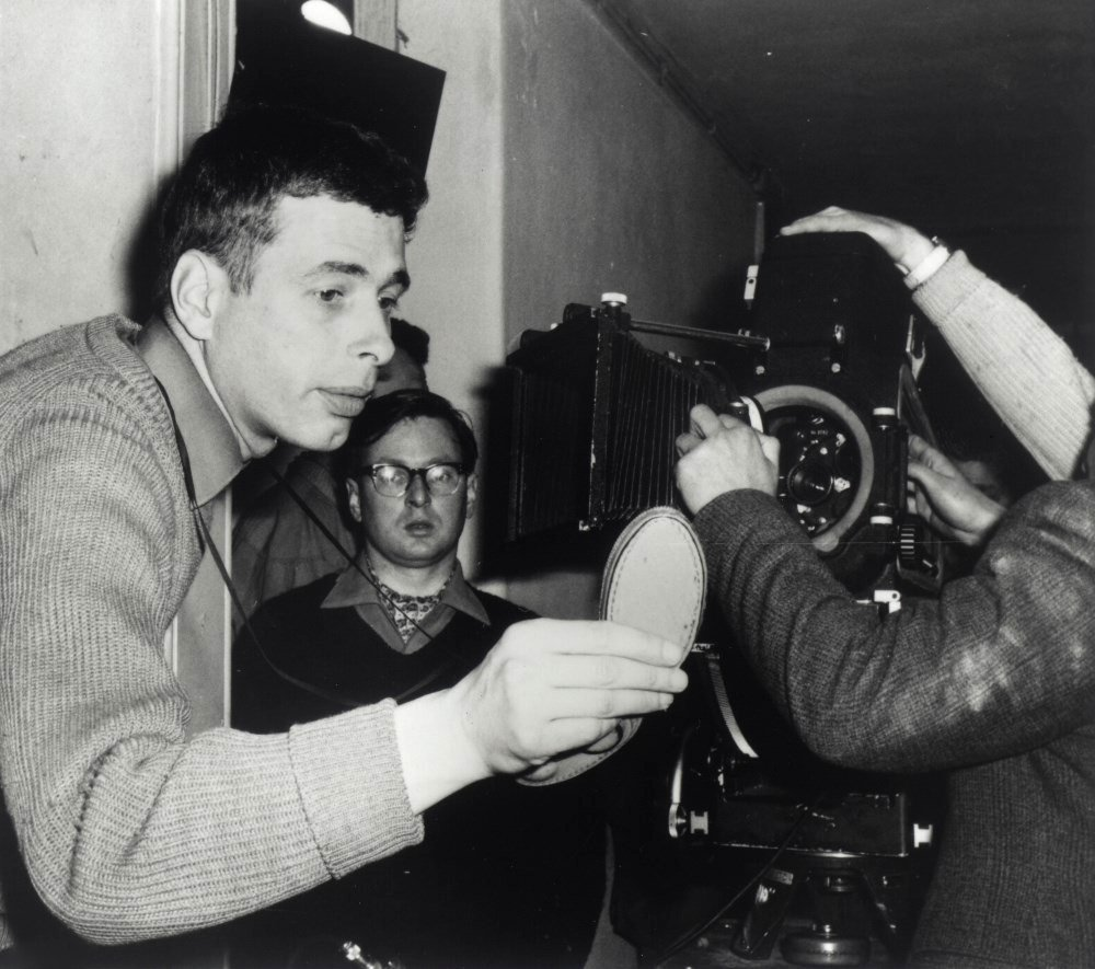 Walter Lassally on the set of Tony Richardson's A Taste of Honey in Manchester (1961)