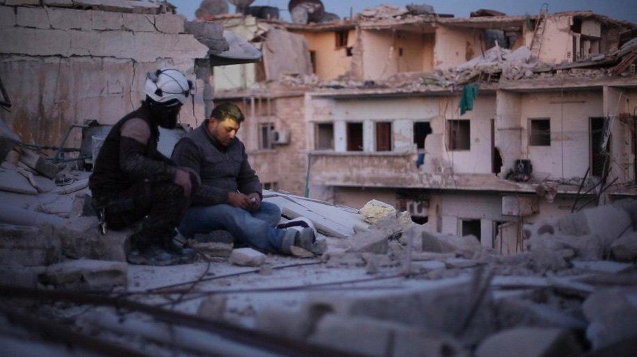 Last Men in Aleppo (2017)