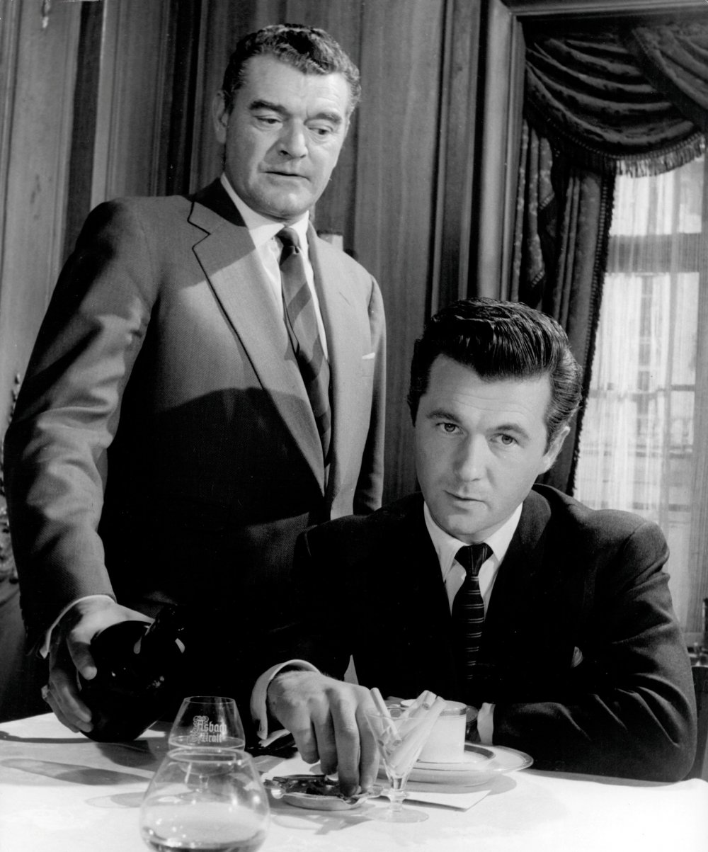 Bryan Forbes (right) with Jack Hawkins in The League of Gentlemen (1960)