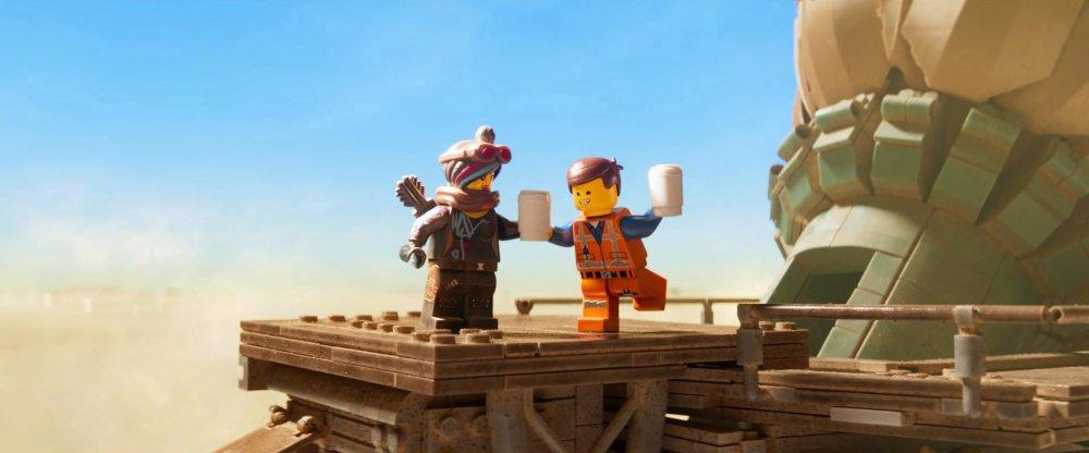 Emmet Brickowski (voiced by Chris Pratt) and Lucy/Wyldstyle (Elizabeth Banks) in The Lego Movie 2