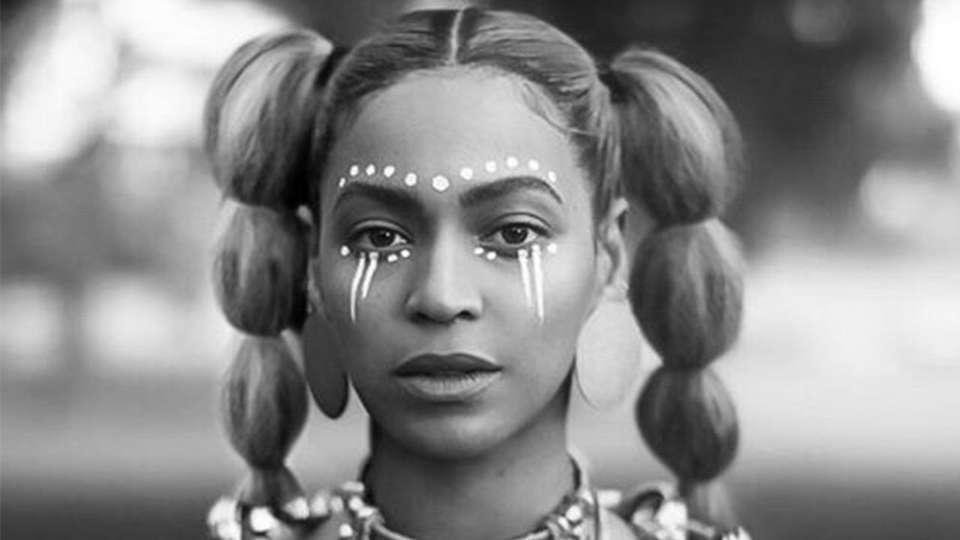 Beyoncé in Lemonade (2016)