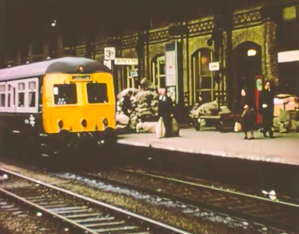 20 Snapshots Of A Changing City Leicester In 1971 Bfi