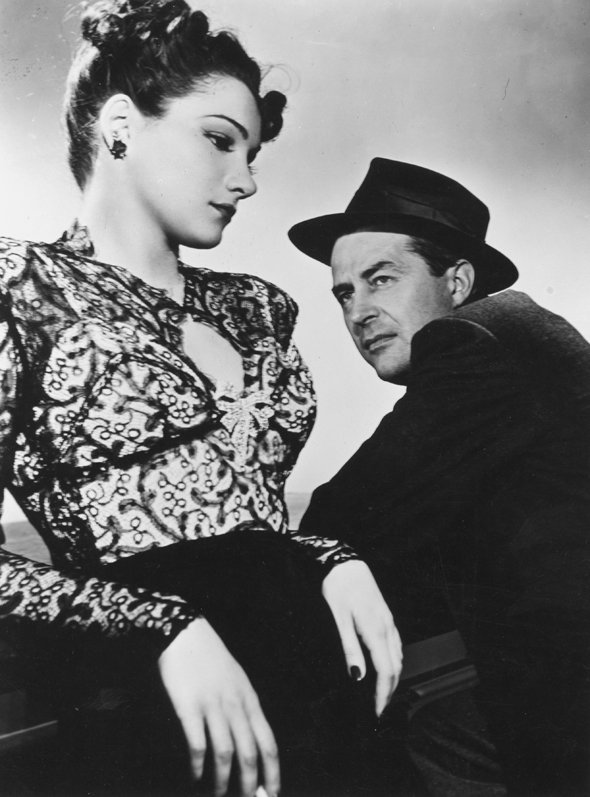 Doris Dowling and Ray Milland in The Lost Weekend (1945), directed by Billy Wilder