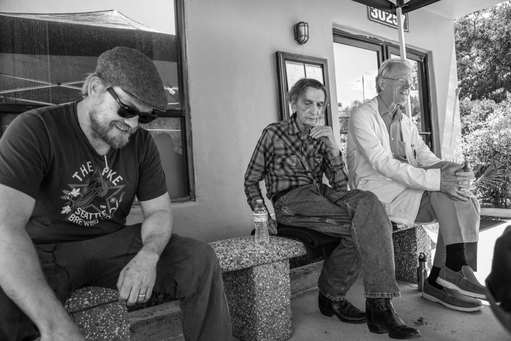 Logan Sparks, Harry Dean Stanton and Ed Begley Jr on location for Lucky