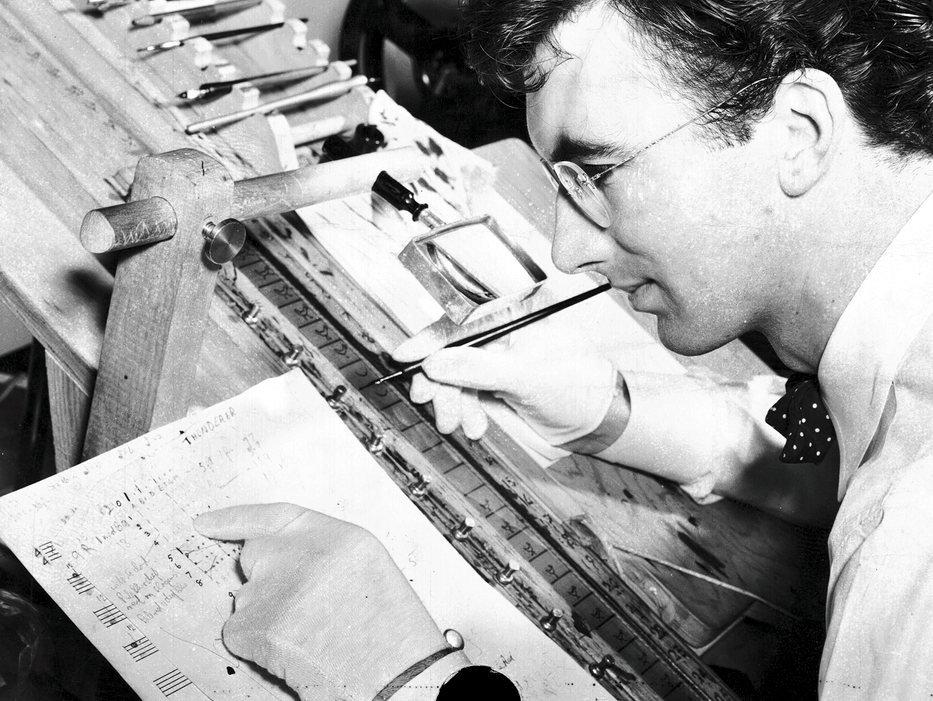 Norman McLaren working on Hen Hop (1942)
