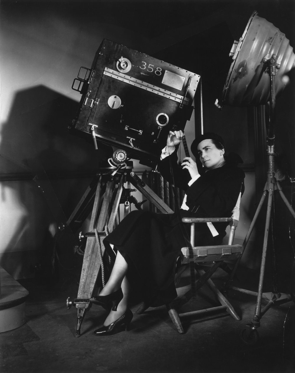 Dorothy Arzner, Hollywood's most prolific female studio director, directing Merrily We Go to Hell (1932)