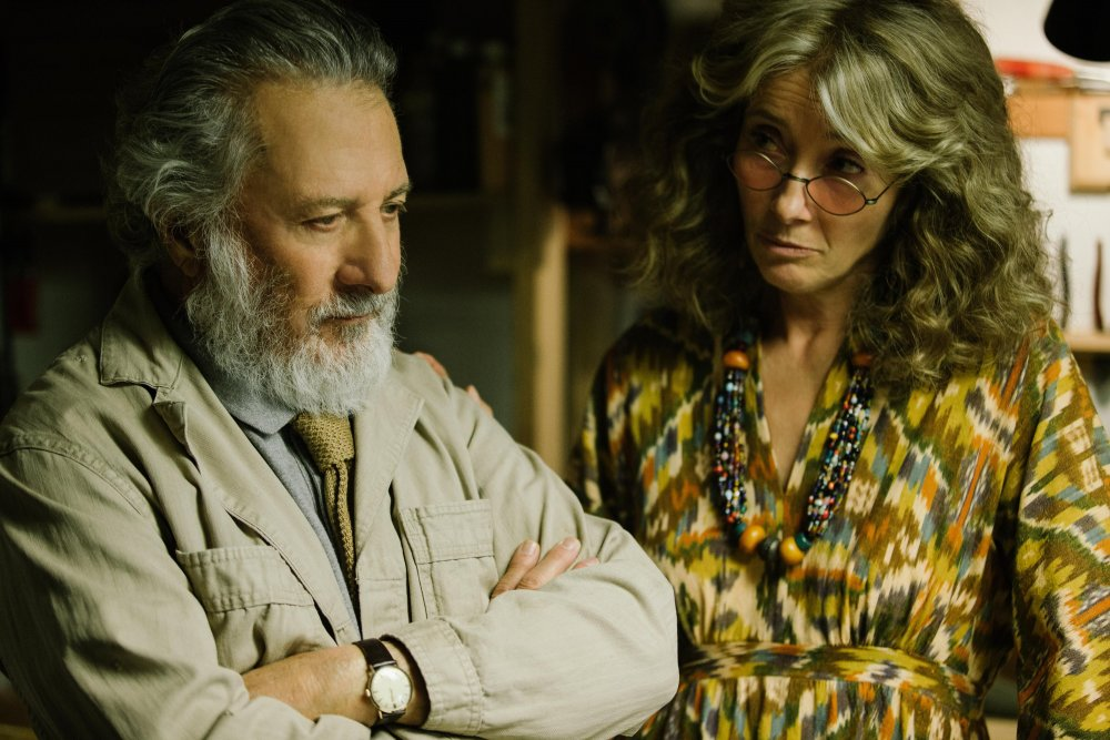 Dustin Hoffman as retired art professor Harold Meyerowitz and Emma Thompson as his third wife Maureen