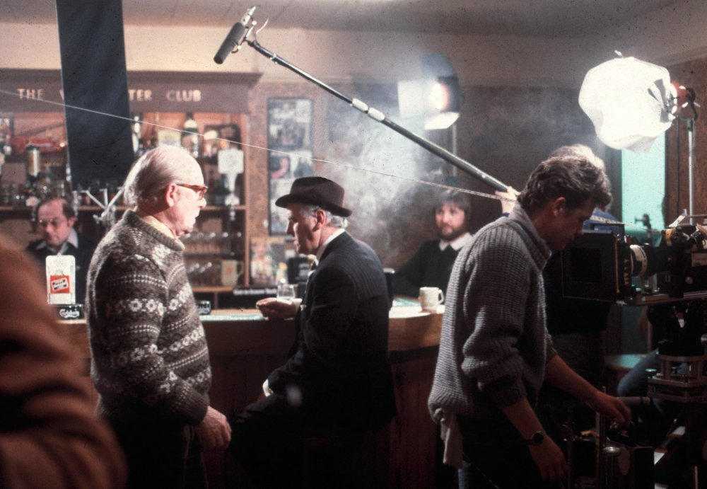 Roy Ward Baker and George Cole on the set of Minder (1979-1989)