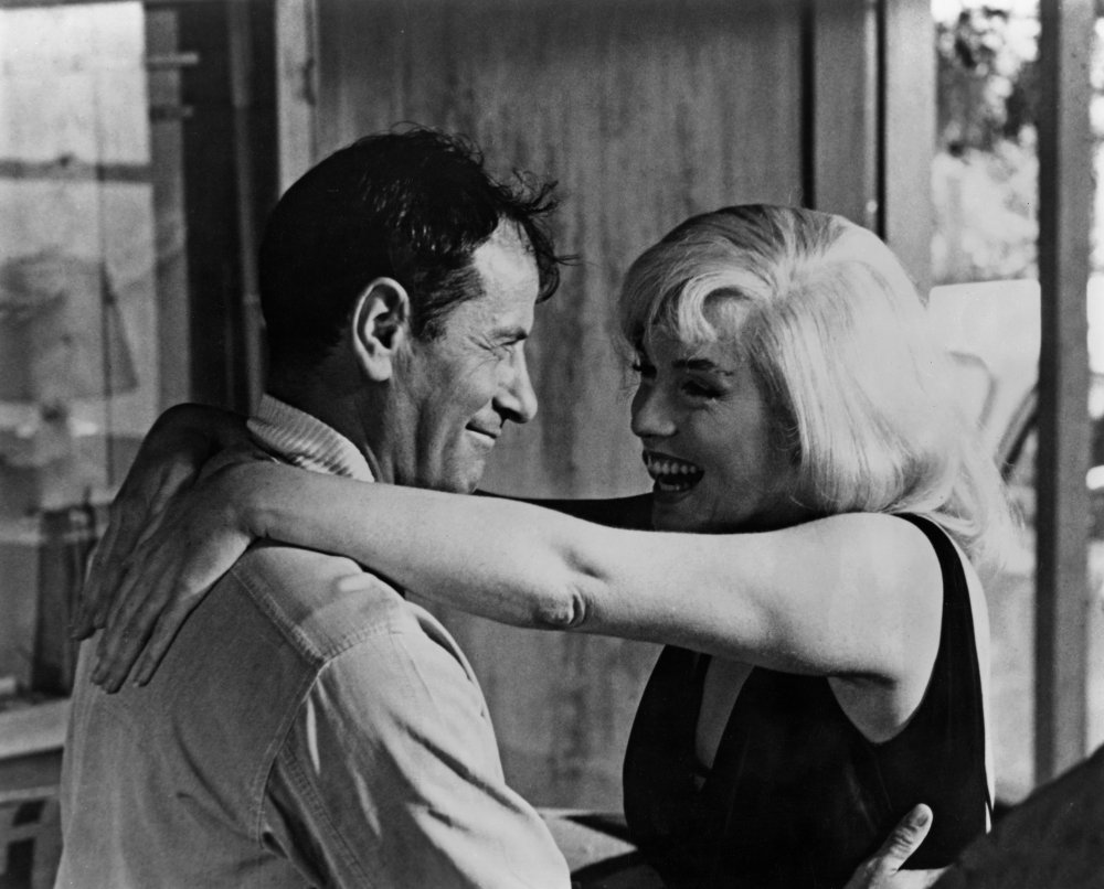 "Eli Wallach with Marilyn Monroe in ""The Misfits"" (1961)"