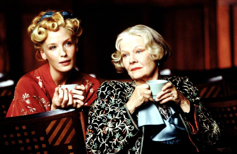 Kelly Reilly and Judi Dench in Mrs. Henderson Presents (2005)