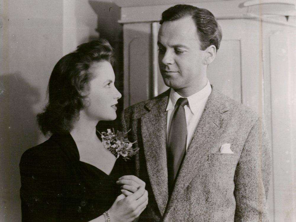 Muriel Pavlow with Derek Farr