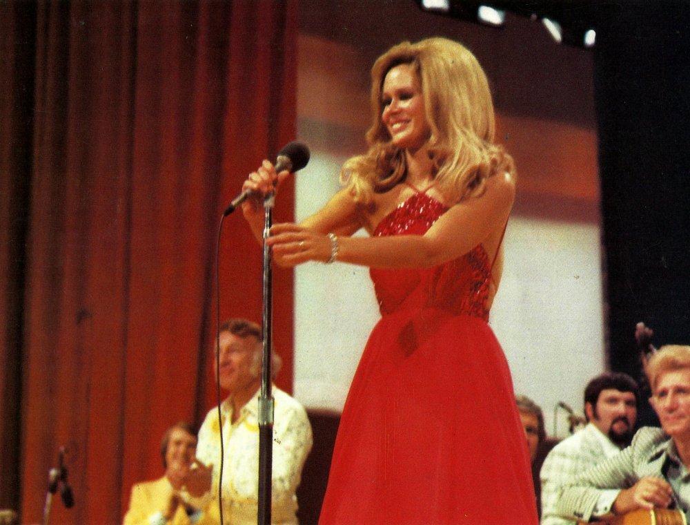 Karen Black as Connie White in Nashville (1975)