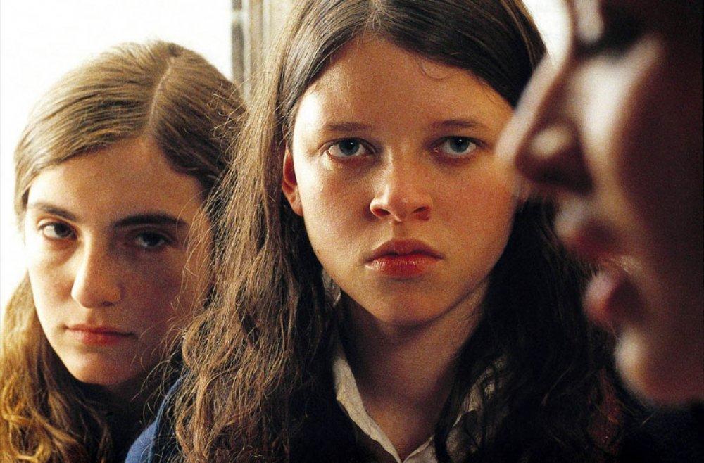 La Nina Santa (2004)