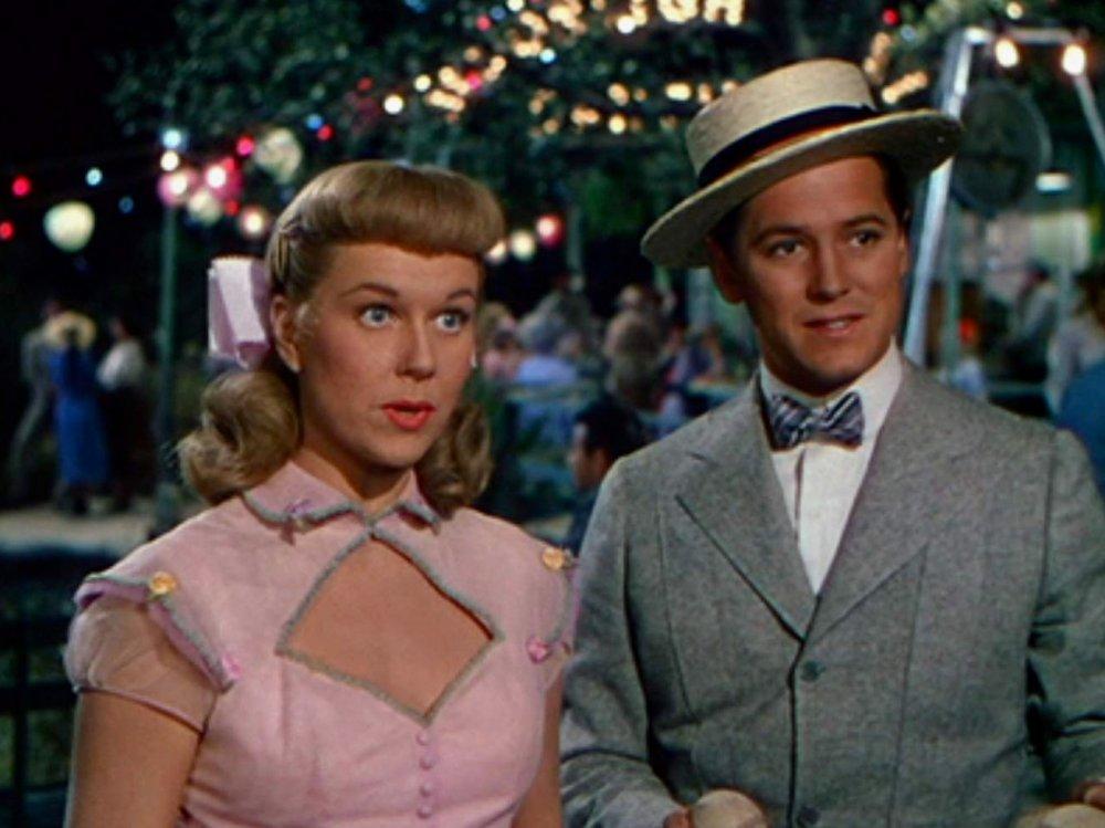 On Moonlight Bay (1951)