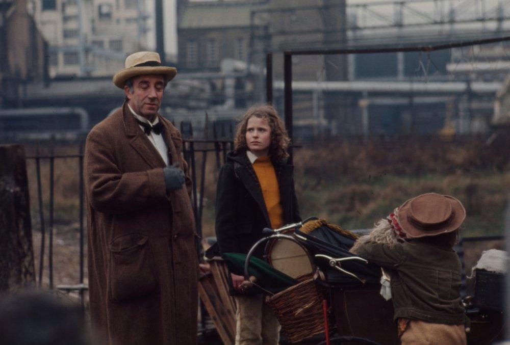 The Optimists of Nine Elms (1973)