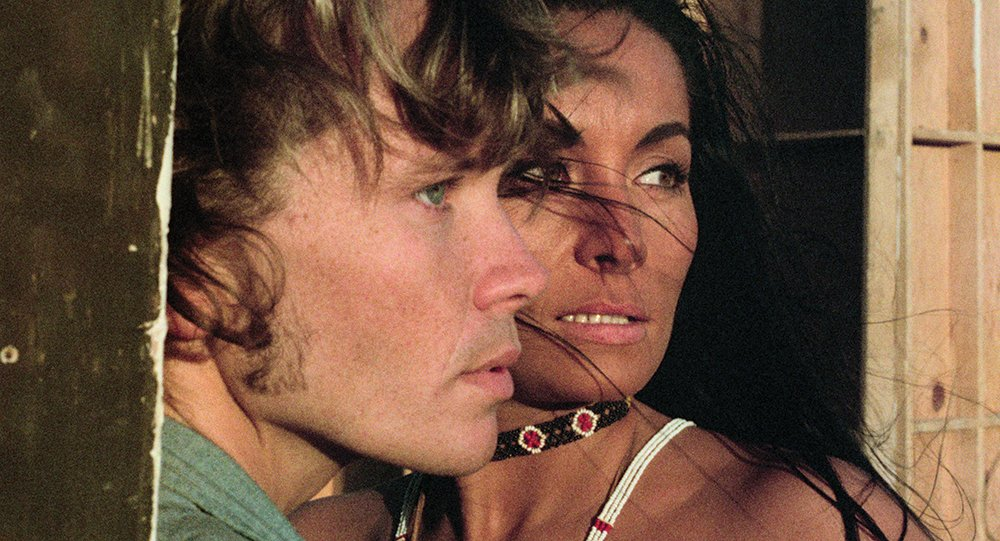 Bob Random as John Dale and Oja Kodar as The Actress in The Other Side of the Wind (1970/2018)