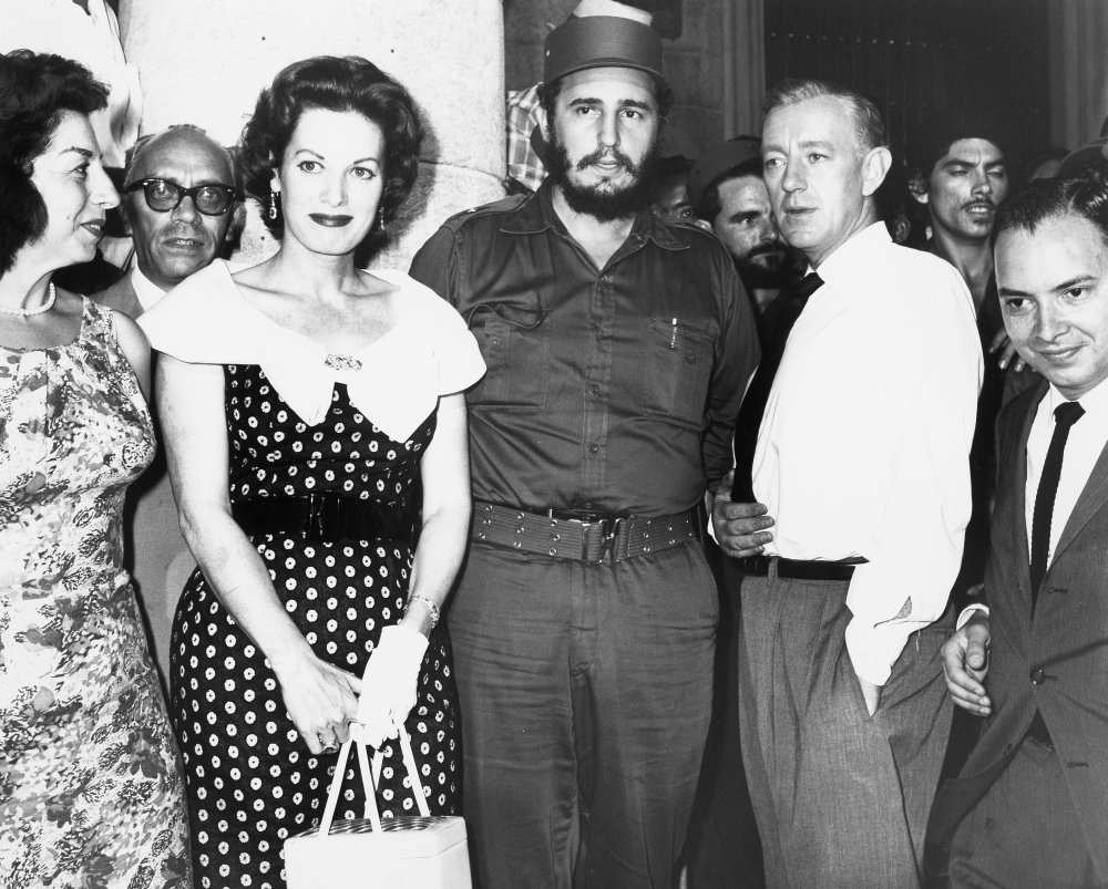 O'Hara, Castro and Guinness pose for a photo